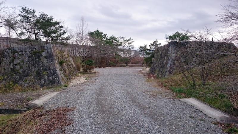 半田銀山遺跡・女郎橋
